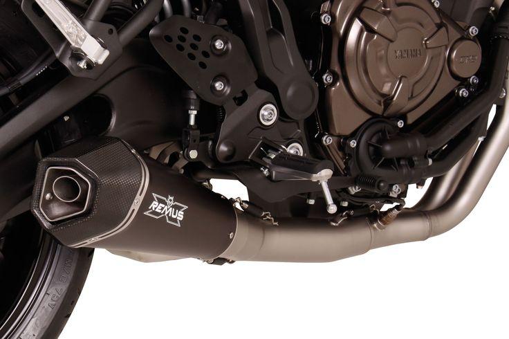 Sezon motocyklowy powoli nabiera rozpędu. Wiosna to więc czas wzmożonej popularności układów wydechowych dla jednośladów, a co za tym idzie – prezentacji wielu nowości. Jedną z nich jest układ wydechowy REMUS INNOVATION dla motocykla Yamaha XSR 700.  Więcej informacji: http://www.remus-polska.pl/nowosc-kompletny-wydech-dla-yamaha-xsr-700/  Zaufaj Remus Polska! http://www.remus-polska.pl/