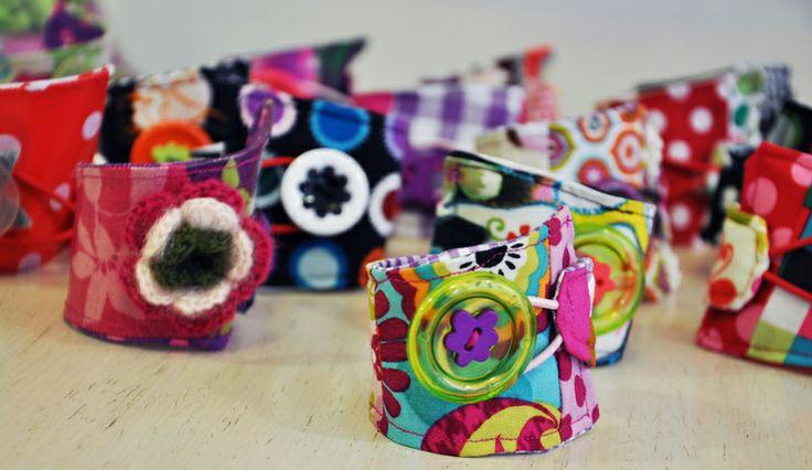 Fabric hand cuffs by marmyrmel