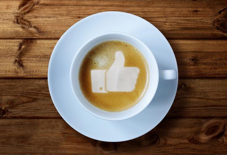 SoMe - I LIKE! Tärkeintä sosiaalisen median viestinnässä on olla oma, teeskentelemätön itsensä. Lisäksi ystävällinen asenne tekee vuorovaikutuksesta yleisesti ottaen mukavaa. En ole some-guru, mutta kuitenkin aika asiantunteva käyttämään Facebookia, Twitteriä, LinkedIniä ja Pinterestiä.