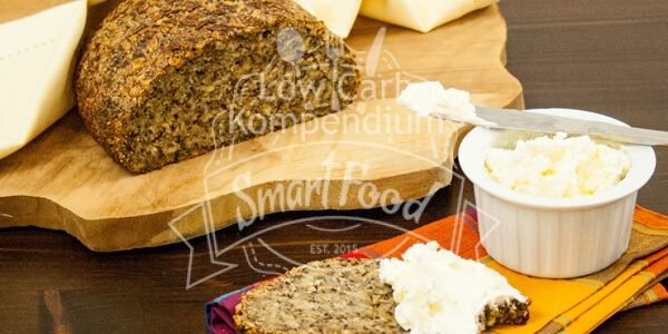 Low Carb Brot mit Knusperkruste (vegan