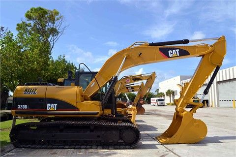 """Get Best Deal on Used 2011 #Caterpillar #Excavator with Free Price Quotes by Kelly Tractor Co for $ 130500 in Miami, FL, USA. This Used 2011 Caterpillar Excavator runs good and work well, equipped with 18' 7"""" BOOM, 9' 6"""" STICK, B1-LINKAGE, HI-AMBIENT COOLING, PRODUCT LINK, 31"""" TG. Get Free Price Quotes for used Excavator on: http://goo.gl/YktczP"""