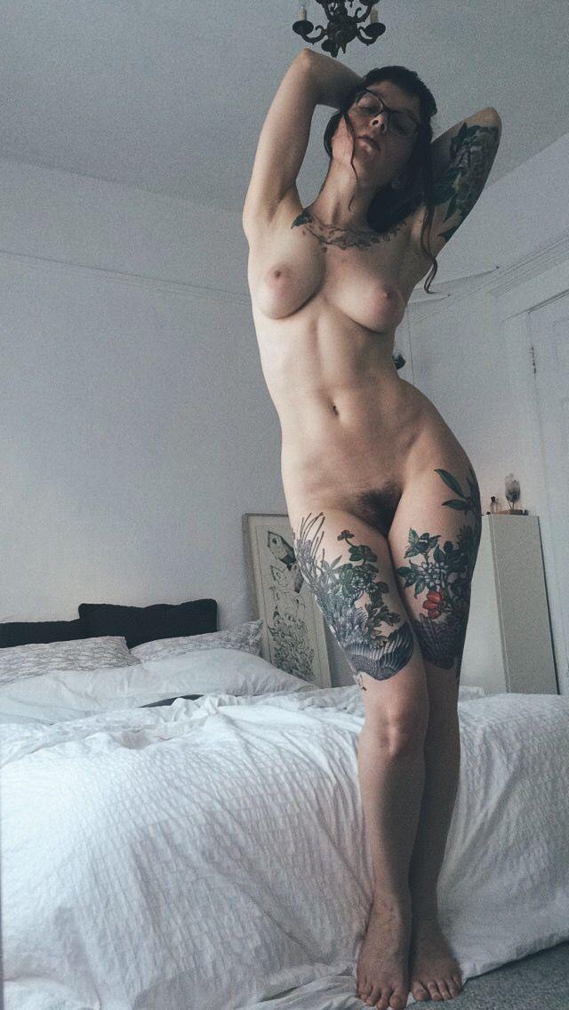 Nude wild naken girls