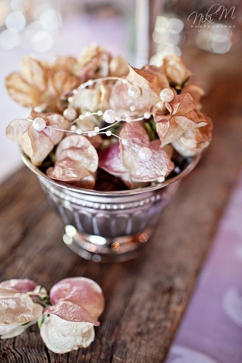 Beautiful arrangements.Photo courtesy of Niki M Photography