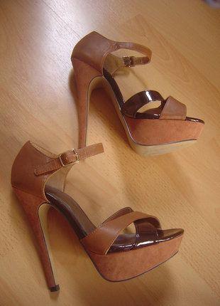 À vendre sur #vintedfrance ! http://www.vinted.fr/chaussures-femmes/escarpins-and-talons/28190557-sisley-escarpins-cuir-marron-pointure-37-excellent-etat