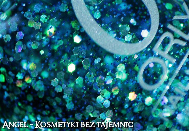 ORLY Go Deeper, GOLDEN ROSE Paris 107, LOVELY Snow Dust 02, OPI, Eveline Płynne Szkło - Mix zimowo-galaktyczny