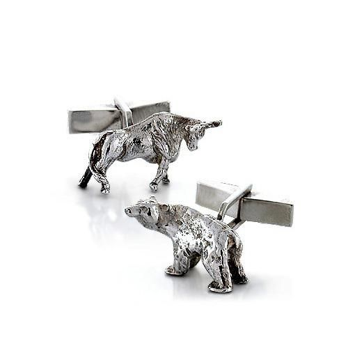 Classic symbolism for the powerbroker of style, hand-crafted in solid sterling silver these cufflinks feature a vintage style bull and bear of solid bodies. These bull and bear cufflinks... More Details
