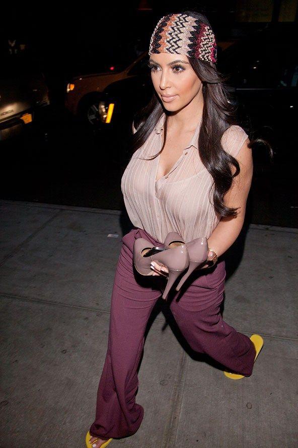 Kim Kardashian wearing Missoni headband. #missoni #headband #londonshopping Google Image Result for http://cdni.condenast.co.uk/592x888/k_n/kimye19_gl_14aug12_rex_b.jpg