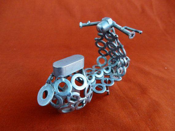 Vespa in acciaio inox misure  lunghezza 10cm di stevieacciaio