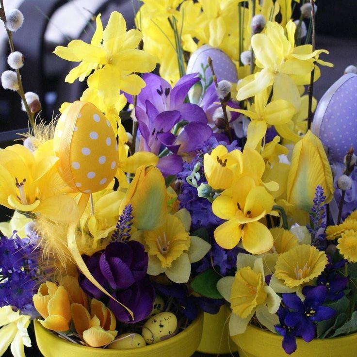 Pregatiri #flori #artificiale #floriartificiale #plante #uscate #planteuscate #floriuscate #decoratiuni #naturale #cadou #unicat #Paste #Pasti #Sfintelepasti #infrumusetare #casa #birou #flowerstagram www.beatrixart.ro