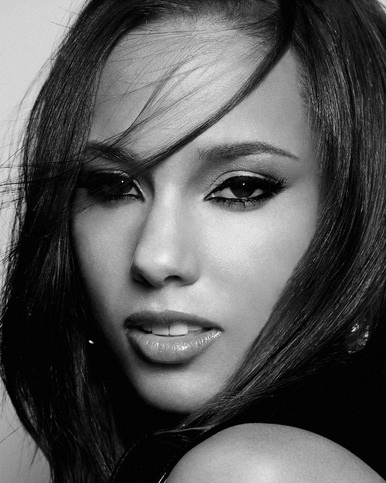 Alicia Keys - No one can get in the way of what she's feeling