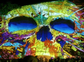 Night Projection fényfestés - Feszt!Eger 2014 - Koponya