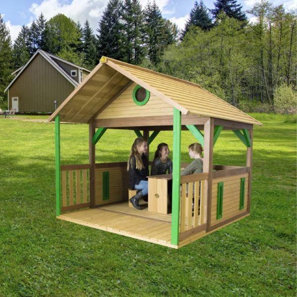 Das Grosse Offen Gestaltete Spielhaus Kann Gut Als Picknickplatz Oder Garage Fur Fahrzeuge Genutzt Werden Herg Kinderspielhaus Spielhaus Aus Holz Diy Spielhaus