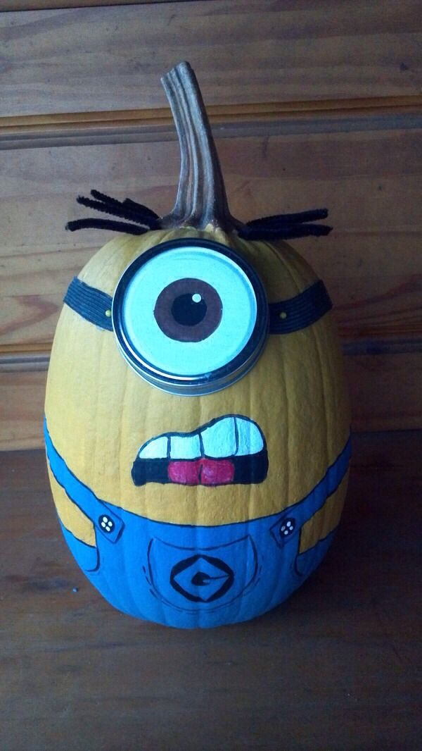 Cute Minion Pumpkin!