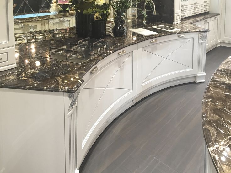 Cool curved cabinets from Aran Cucine Imperial collection!