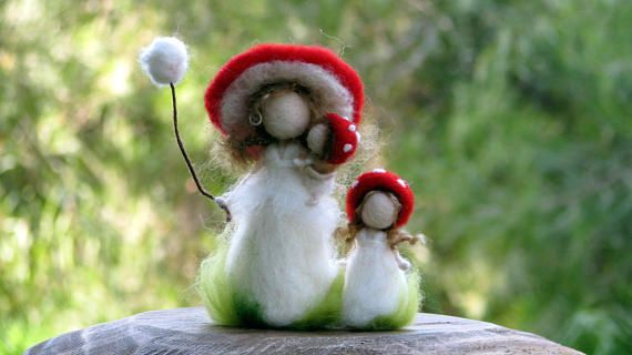 Waldorf inspired doll Needle felted doll Red Mushroom doll Mother doll Felted doll Kids room decor Montessori #needlefelted #mushroom #mom_and_kids #doll #home_decor #gift