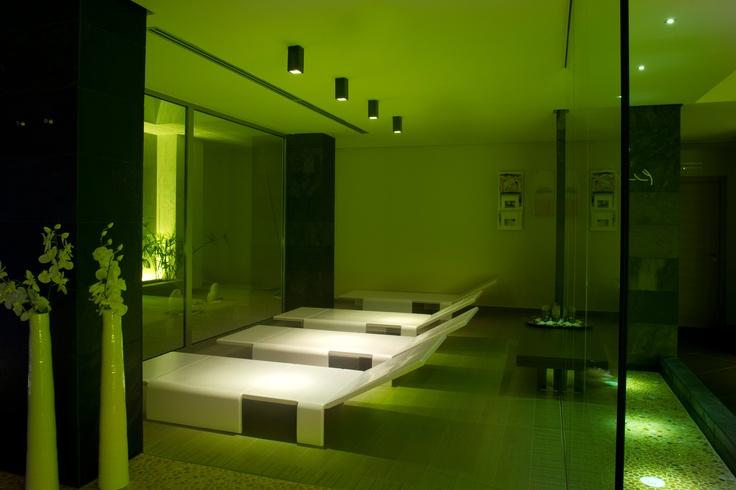 illuminazione di zone relax con prodotti ad incasso con fonte luminosa a LED