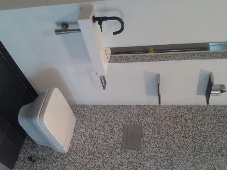 15 best handenwasser images on pinterest bathroom ideas small bathrooms and bathroom taps - Deco toilet ideeen ...