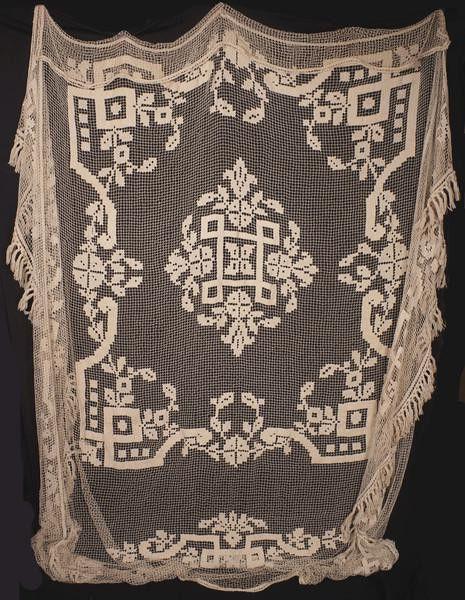 Antique Lace Bedspread Filet Lace