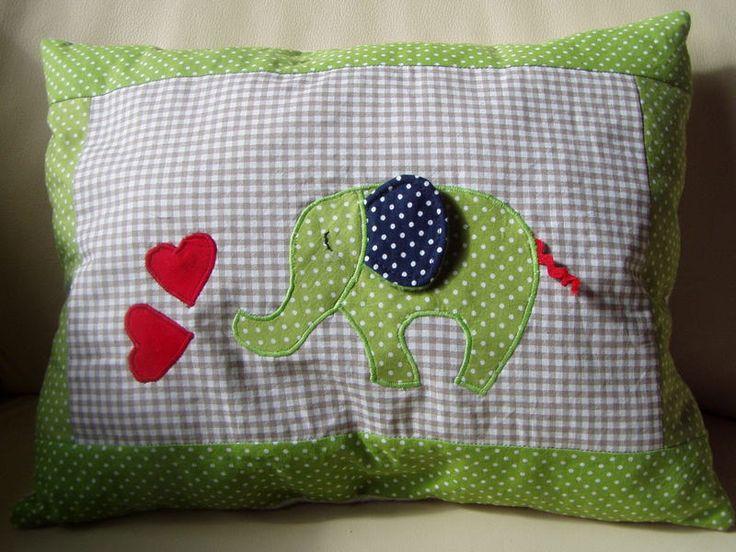 Kissen - Kuschelkissen mit Elefant - ein Designerstück von FarbenFroh56 bei DaWanda