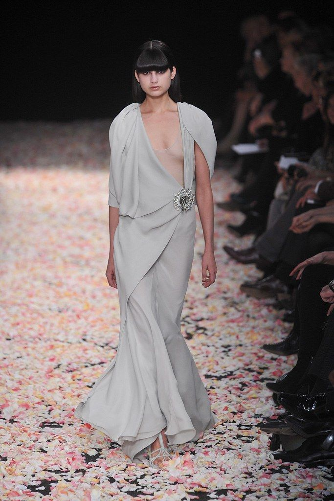 Givenchy Spring 2009 Couture Collection Photos   Vogue