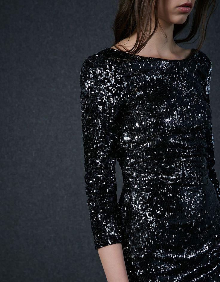Платье с длинным рукавом с блестками - Платья и Комбинезоны - Bershka Russia