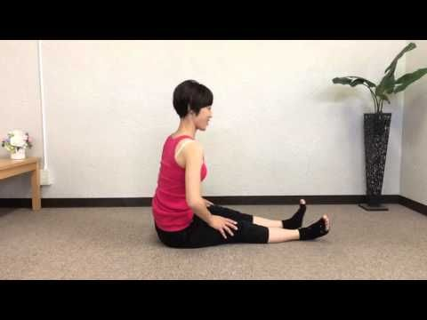 悩んでいた生理痛が改善されるかも?下半身痩せにも効果的な「骨盤矯正ストレッチ」7つ - LOCARI(ロカリ)