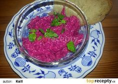 Salát z červené řepy s jogurtem recept - TopRecepty.cz