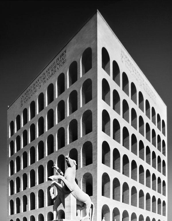 Palazzo della Civiltà Italiana, Rome, Giovanni Guerrini, Ernesto Bruno La Padula and Mario Romano, 1938-43.
