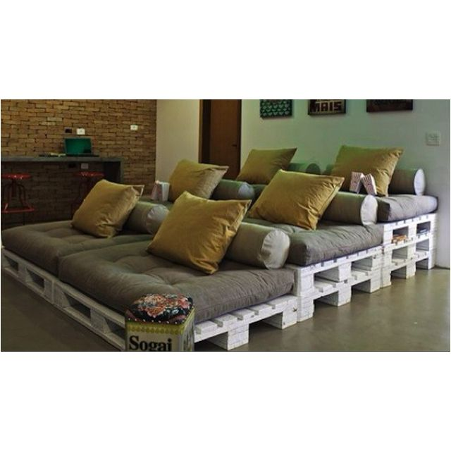 25 Best Ideas About Theater Seating On Pinterest: 25+ Best Ideas About Pallet Movie Theaters On Pinterest