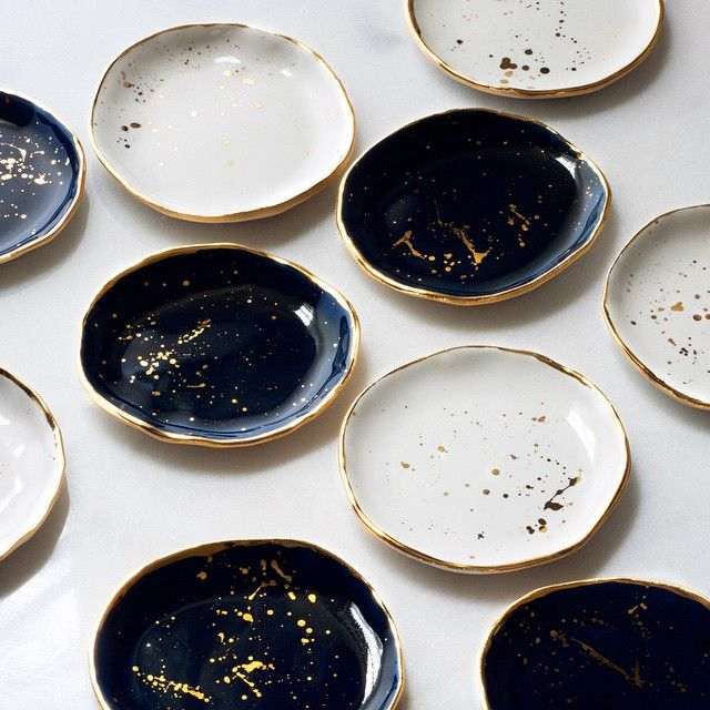 "1,498 Likes, 94 Comments - Lindsay Emery (@suiteonestudio) on Instagram: ""Navy and White Gold Splattered Ring Dishes are stacking up for tonight's restock! The latest batch…"""