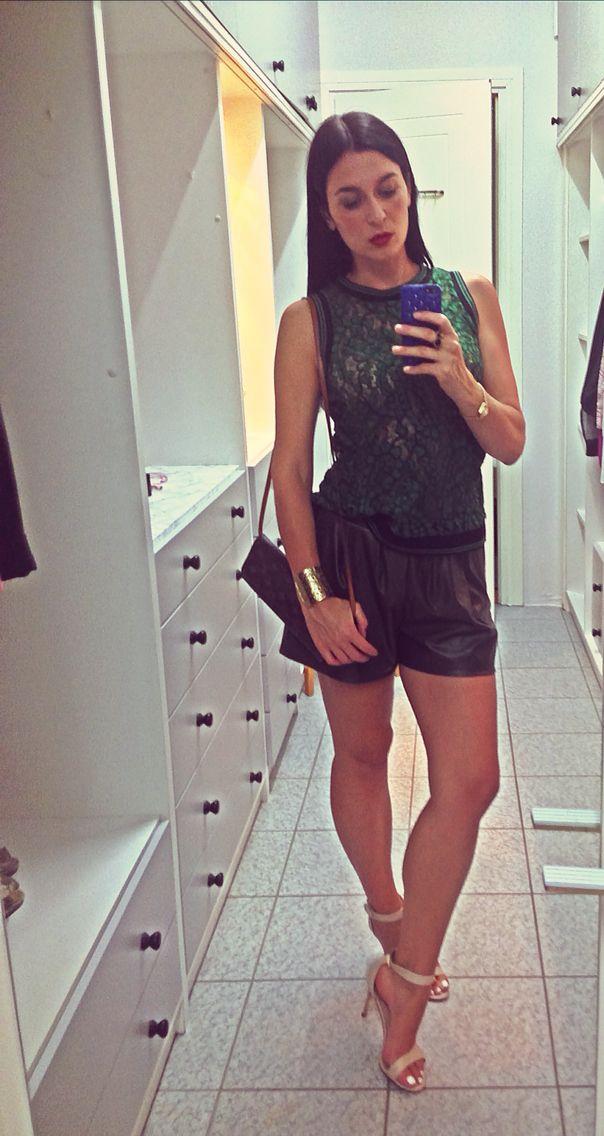Emerald lace top Sfera/Tally Weijl khaki shorts/Louis Vuitton pochette/Charles&Keith nude sandals