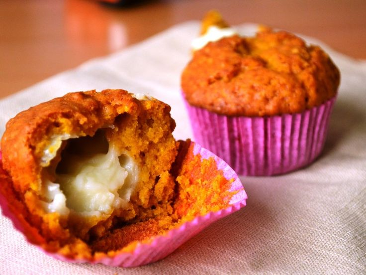 Dyniowe muffiny z budyniem