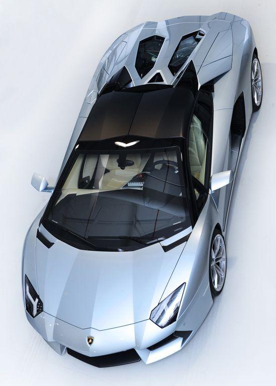 2013 Lamborghini Aventador LP700-4 Roadster - mamma mia!