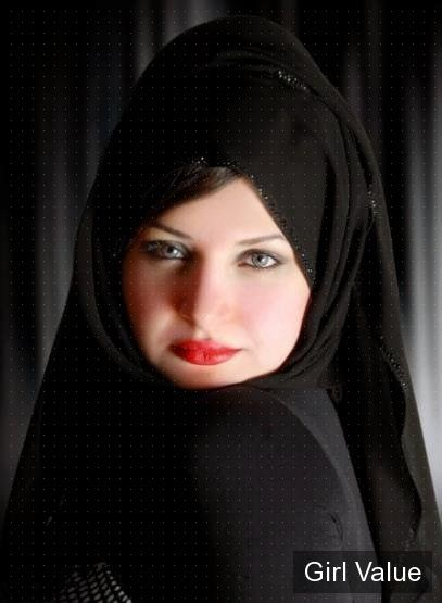"{""token"":""618""} - Arab women Photo in black niqab"