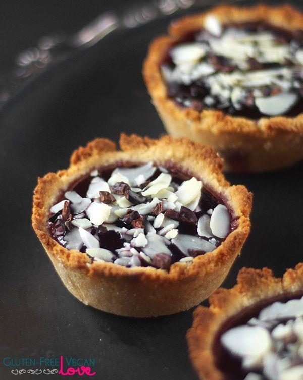 Gluten-Free, Vegan, and Paleo Raspberry Almond Tarts via @audreysnowe