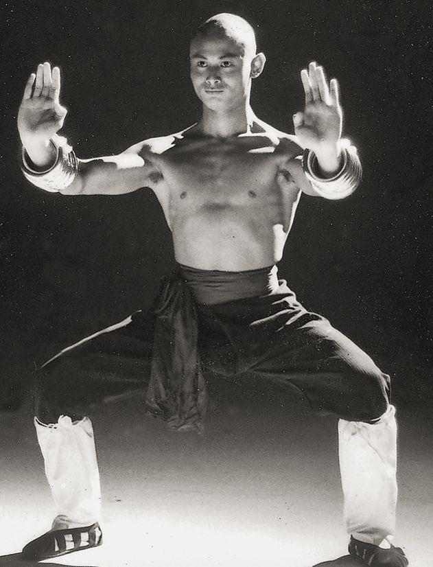#GordonLiu #Kungfucinema #36thChamberofShaolin via: guts-and-uppercuts.tumblr.com #Yellowmenace