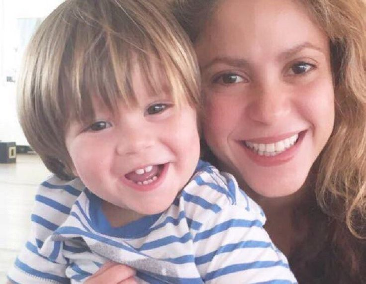 Shakira Latest News: 'She Wolf' Singer Assures Fans About Son's Health