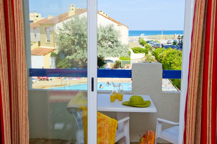 Le balcon d'un appartement au grand Bleu à Port Barcarès - Résidence rénovée par Goelia !