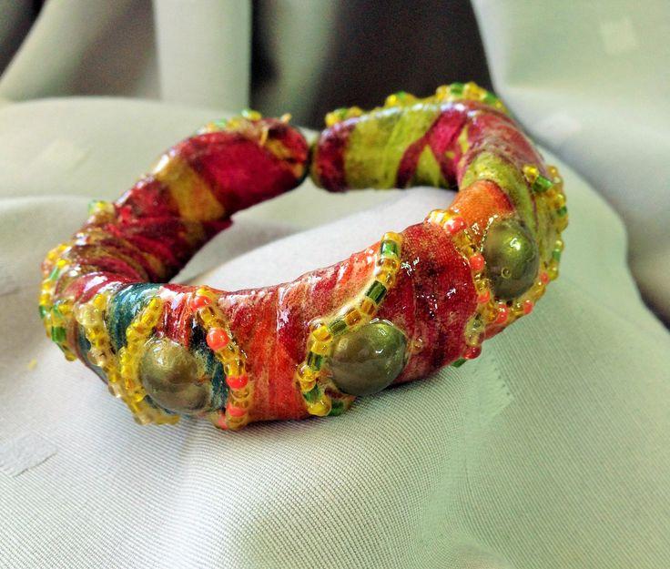 bracelet tissu ajustable et protégé par un verni