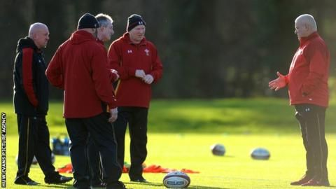 Wales coaches Rob Howley & Robin McBryde extend deals beyond 2019 World Cup