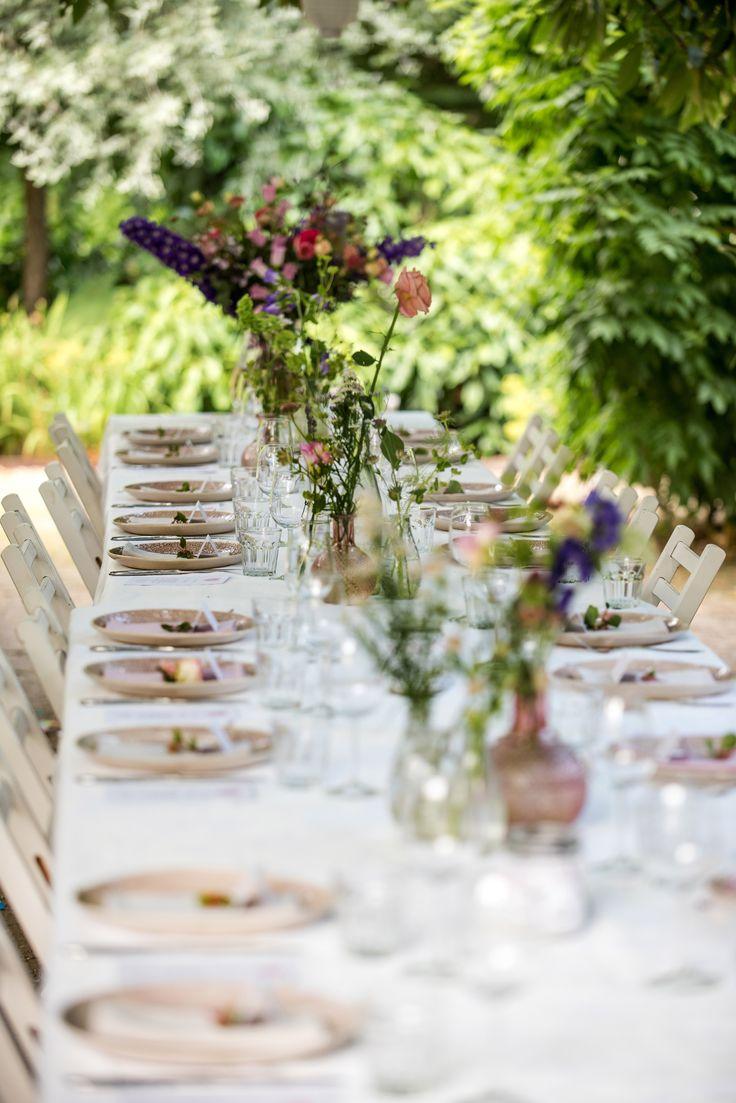 Sfeervolle lange tafel Bruiloft