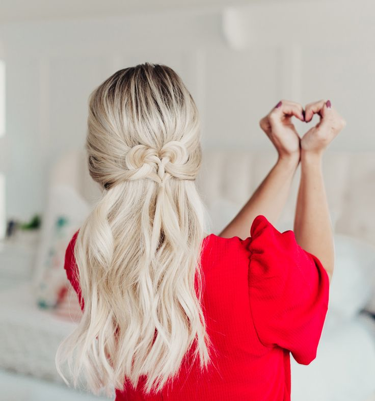 Hi babes!  I'm SUUUUPER excited for today's Valentine's Day Hairstyle!  I'm kind of giddy right now typing this post out!!  I've seen hairstyles like this floating around Pinterest for years, but they always screamed little girl to me.  And then I happened upon this one from Lilith Moon.  It's the perfect mix of being fun and festive for Valentine's Day but it's also soft and romantic.  It kind of reminds of the Celtic Knot tutorial I created back in 2013, anyo...