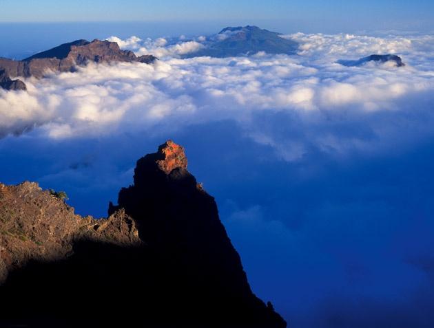 En las cimas del Parque Nacional de la Caldera de Taburiente...uno de los mejores observatorios astronómicos del mundo: el del Roque de los Muchachos