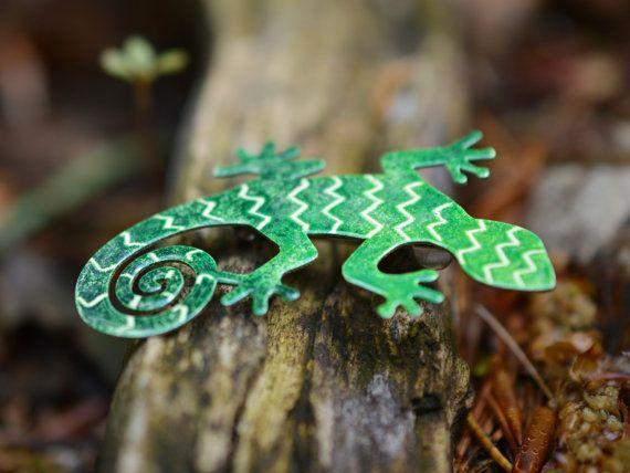 Handpainted Lizard Brooch Enamel Lizard Pin  Reptile by CinkyLinky