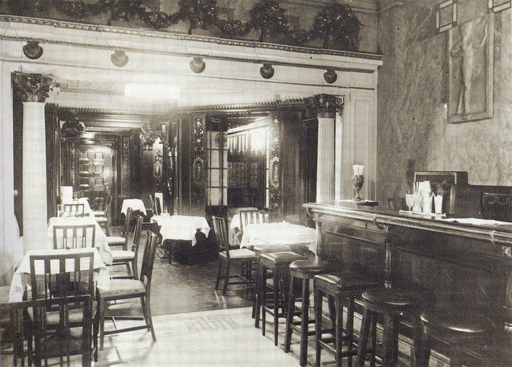 Berlin, Bar im Hotel Adlon, 1910.