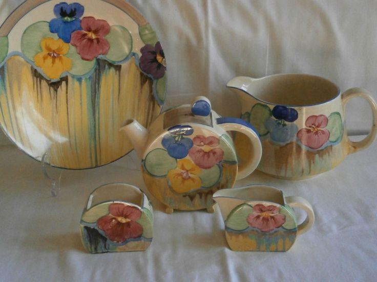Art Deco Pansies Clarice Cliff, Bonjour Tea set.