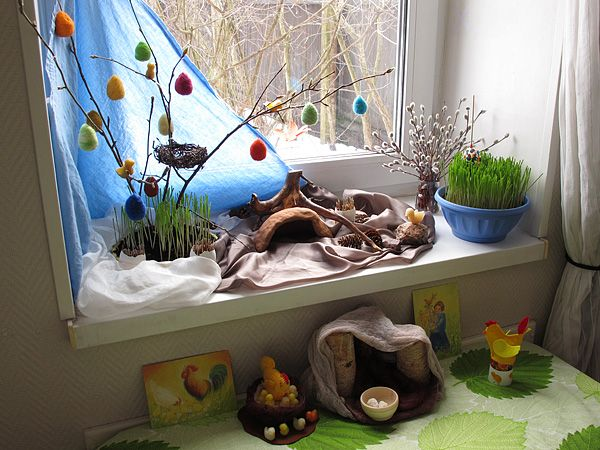 Spring Nature Table-Steiner/Waldorf homeschooling idea.