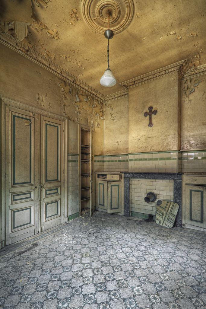 All sizes | Chateau Amon Ra – Belgium | Flickr – Photo Sharing! – Ekin Dinç