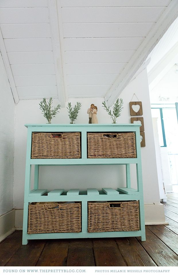 Blue & brown drawer cabinet   Photography: Melanie Wessels