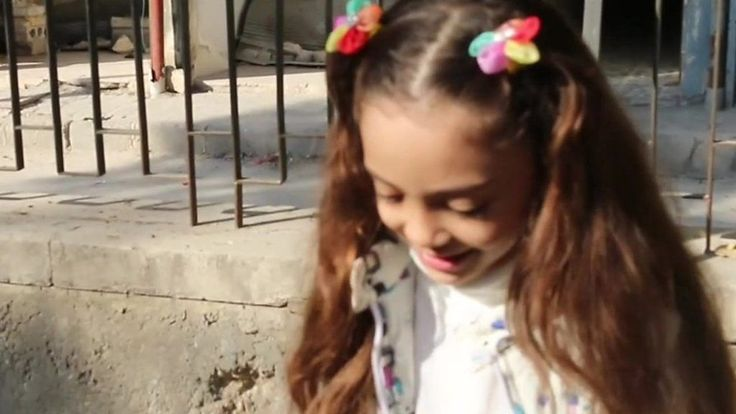 Syria conflict: The girl, 7, who tweets from Aleppo - BBC News